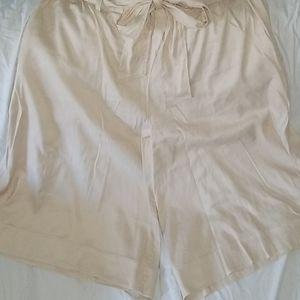 Lane Bryant paperbag waist crop pants